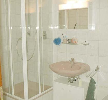 Dusche/WC Wohnung1